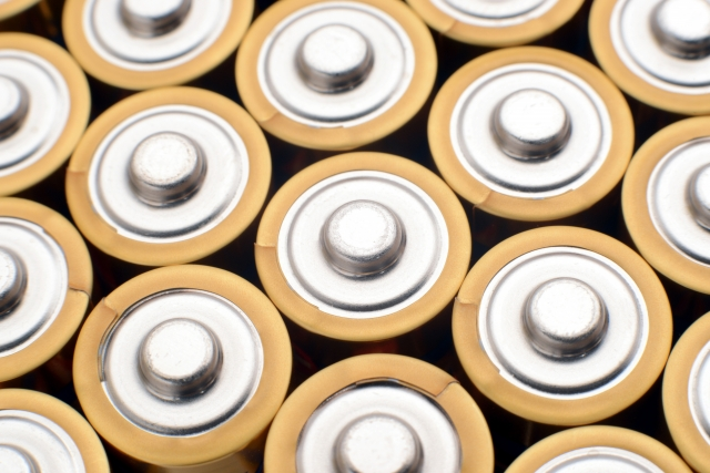 100円ショップのアルカリ乾電池